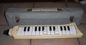 Vintage Melodica - Click to see larger image